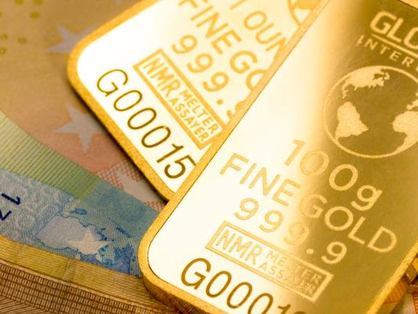 central banks buy gold